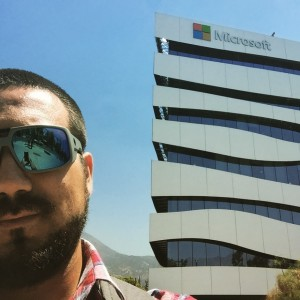 Pato Arias - CEO de ARID en la última visita al White Building, el flamante edificio de Microsoft Chile.